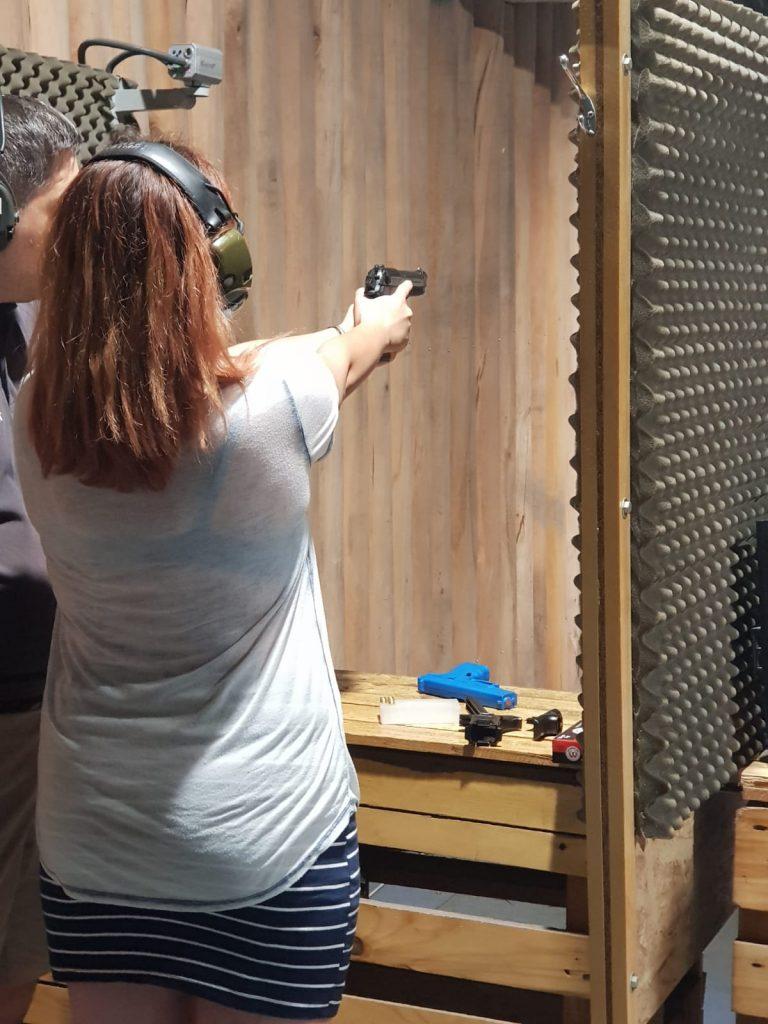 Trasul cu arma nu e ca în filme
