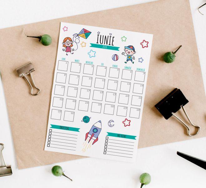 calendar iunie + mockup